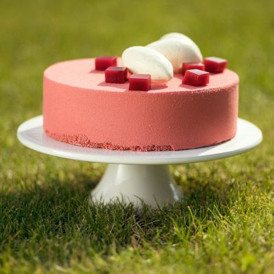 UMAM tort biala czekolada - malina